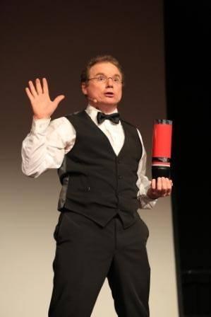Zauberer Peter Leonhard in Basel